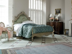 SilverLouis King Bed
